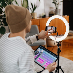 Inovaxis Led Ring Light Youtuber Selfie Stüdyo Kuaför Makyaj Işığı + 210cm. Tripod